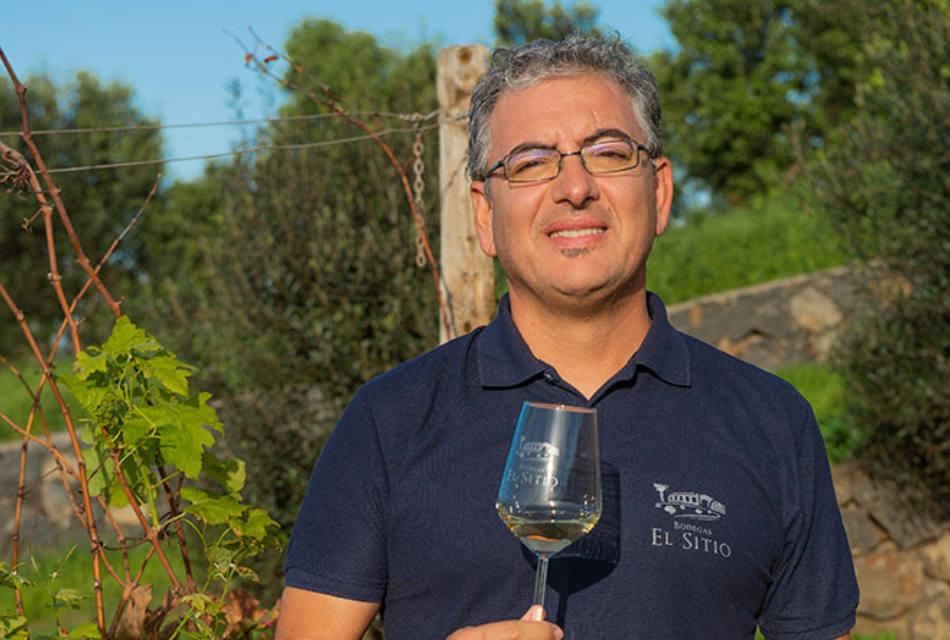 """Pablo López: """"No voy a decir que no siento un poco de presión por el hecho de que nuestros clientes esperan cada año un vino mejor que el anterior, pero eso, lejos de asustarme, me motiva mucho más."""""""